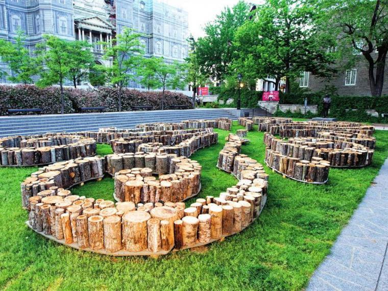 加拿大曲线木桩花坛