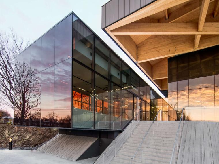 加拿大蒙特利尔室内足球体育馆