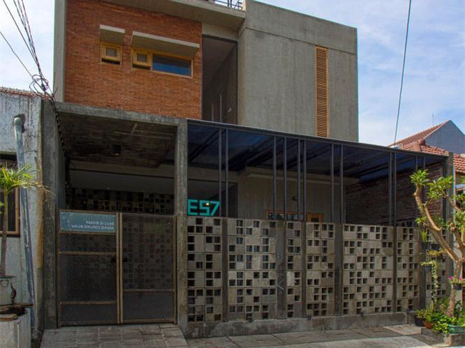 泗水小型青年旅馆