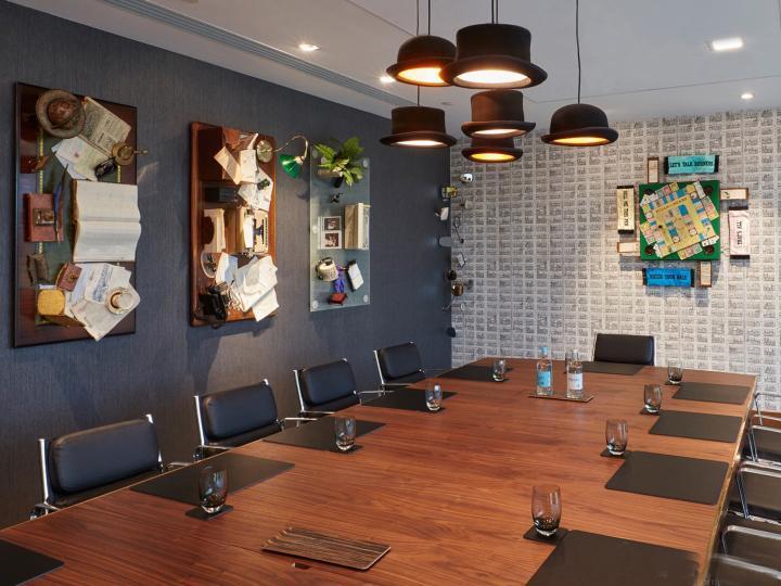 伯恩茅斯希尔顿酒店概念会议室