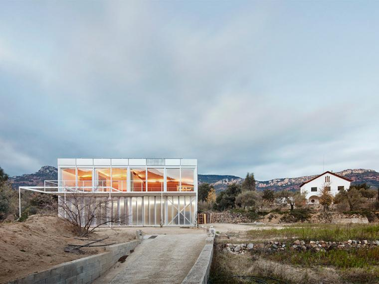 西班牙双层住宅第1张图片