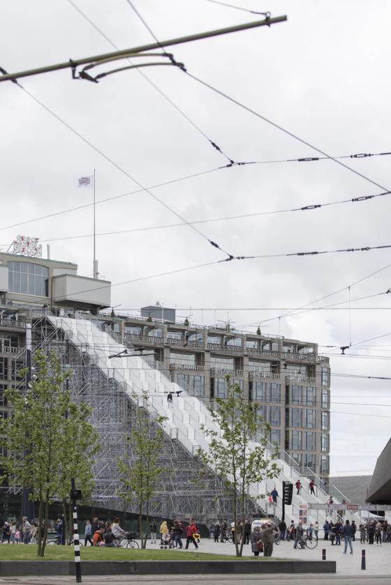 荷兰Rotterdam市中心纪念式阶梯装-荷兰Rotterdam市中心纪念式阶梯装置第12张图片