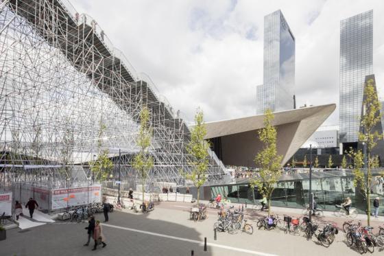 荷兰Rotterdam市中心纪念式阶梯装-荷兰Rotterdam市中心纪念式阶梯装置第10张图片