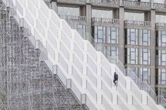 荷兰Rotterdam市中心纪念式阶梯装-荷兰Rotterdam市中心纪念式阶梯装置第19张图片