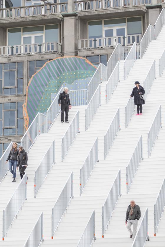 荷兰Rotterdam市中心纪念式阶梯装-荷兰Rotterdam市中心纪念式阶梯装置第24张图片