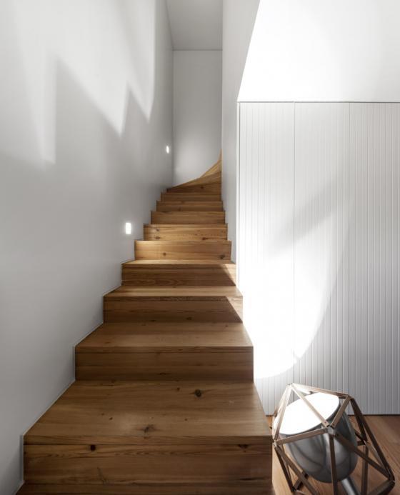 葡萄牙雷斯特洛住宅内部实景图-葡萄牙雷斯特洛住宅第11张图片
