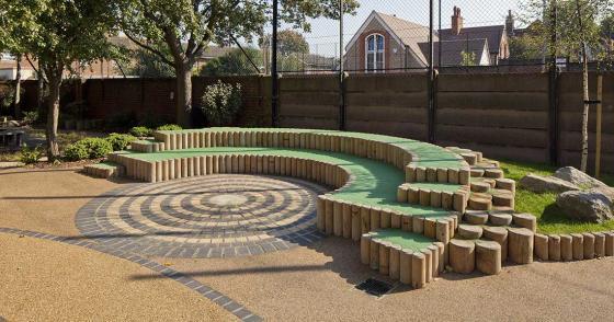 英国Martyrs小学运动场的改造外部-英国Martyrs小学运动场的改造第7张图片