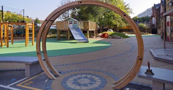 英国Martyrs小学运动场的改造外部-英国Martyrs小学运动场的改造第6张图片