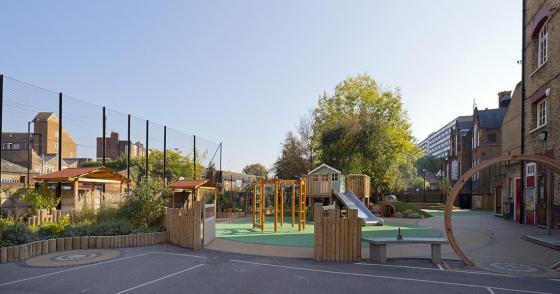 英国Martyrs小学运动场的改造外部-英国Martyrs小学运动场的改造第9张图片