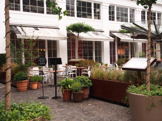 英国Kings街道咖啡馆庭院改造外部-英国Kings街道咖啡馆庭院改造第11张图片
