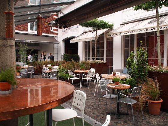 英国Kings街道咖啡馆庭院改造外部-英国Kings街道咖啡馆庭院改造第9张图片