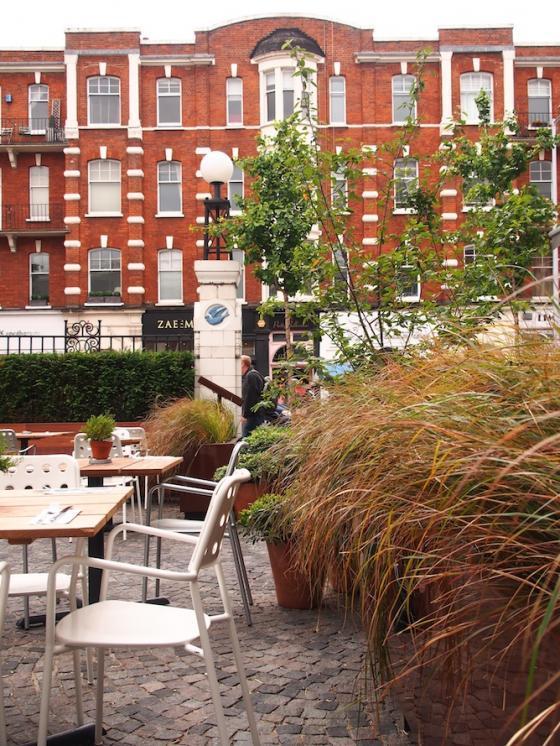 英国Kings街道咖啡馆庭院改造外部-英国Kings街道咖啡馆庭院改造第10张图片