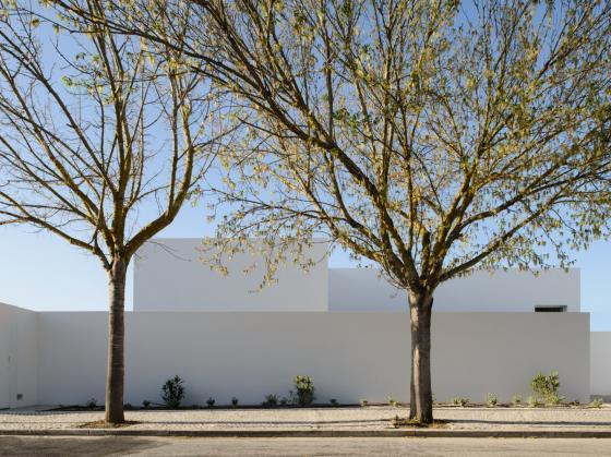 葡萄牙奥埃拉斯住宅第1张图片