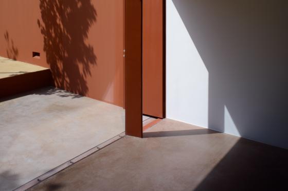 葡萄牙奥埃拉斯住宅内部实景图-葡萄牙奥埃拉斯住宅第13张图片