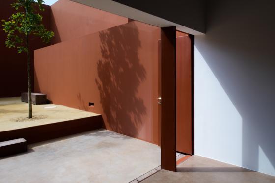 葡萄牙奥埃拉斯住宅内部实景图-葡萄牙奥埃拉斯住宅第12张图片