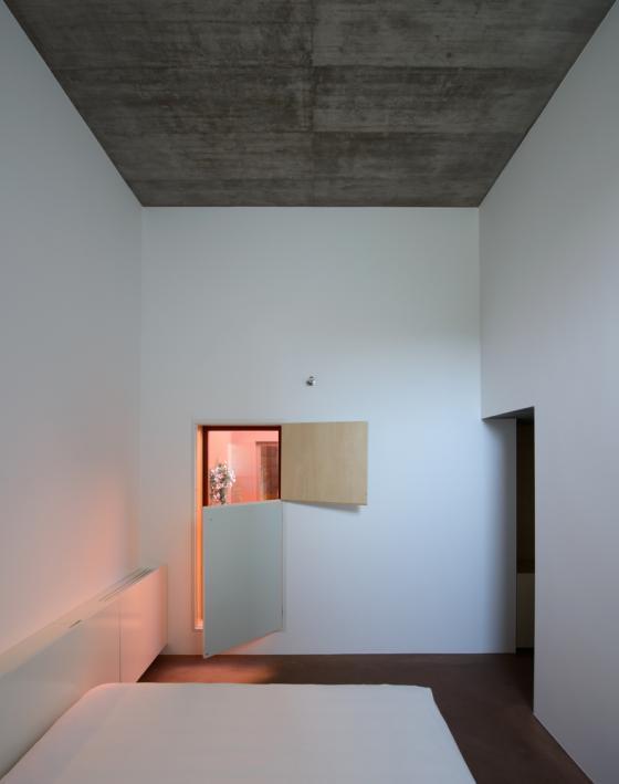 葡萄牙奥埃拉斯住宅内部实景图-葡萄牙奥埃拉斯住宅第17张图片