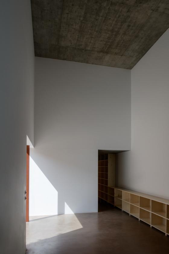 葡萄牙奥埃拉斯住宅内部实景图-葡萄牙奥埃拉斯住宅第23张图片