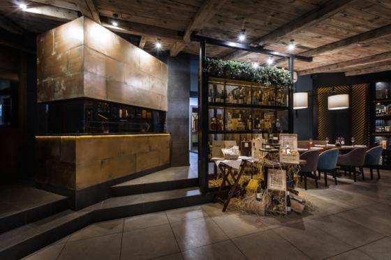 乌克兰ToscanaGrill烧烤餐厅-乌克兰Toscana Grill烧烤餐厅室内-乌克兰Toscana Grill烧烤餐厅第15张图片