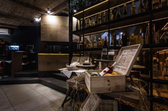 乌克兰ToscanaGrill烧烤餐厅-乌克兰Toscana Grill烧烤餐厅室内-乌克兰Toscana Grill烧烤餐厅第12张图片