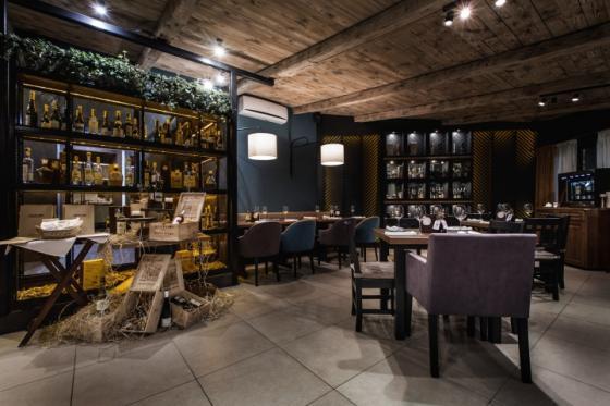 乌克兰ToscanaGrill烧烤餐厅-乌克兰Toscana Grill烧烤餐厅室内-乌克兰Toscana Grill烧烤餐厅第16张图片