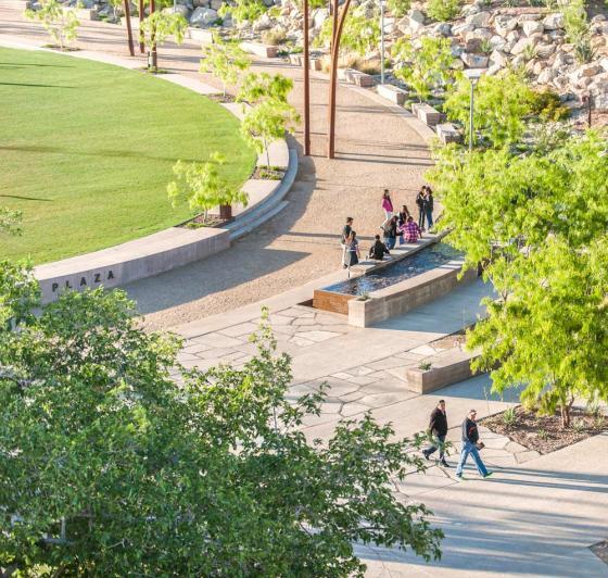 美国德克萨斯大学ElPaso校区世纪广场-美国德克萨斯大学El Paso校区世纪-美国德克萨斯大学El Paso校区世纪广场第11张图片