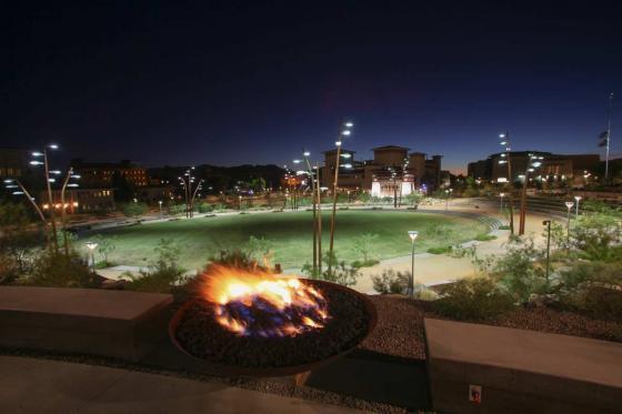 美国德克萨斯大学ElPaso校区世纪广场-美国德克萨斯大学El Paso校区世纪-美国德克萨斯大学El Paso校区世纪广场第12张图片
