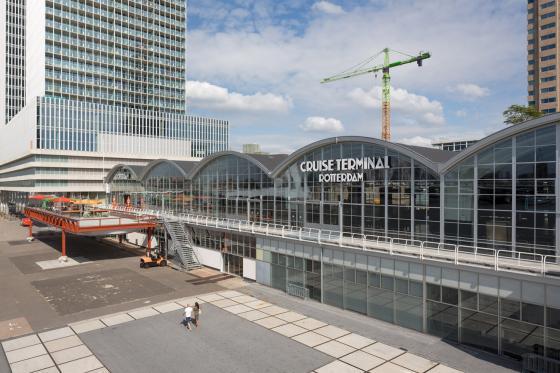 荷兰鹿特丹码头开合式行李存放空-荷兰鹿特丹码头开合式行李存放空间第2张图片