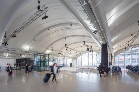 荷兰鹿特丹码头开合式行李存放空-荷兰鹿特丹码头开合式行李存放空间第15张图片