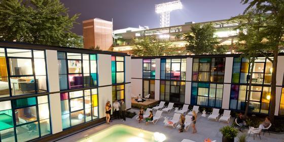 美国Verb酒店外部夜景实景图-美国Verb酒店第6张图片