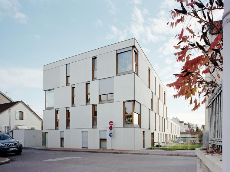 法国第戎混凝土住宅小区