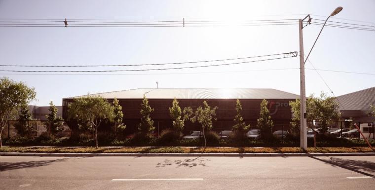 智利Proingas办公楼外部实景图-智利Proingas办公楼第3张图片