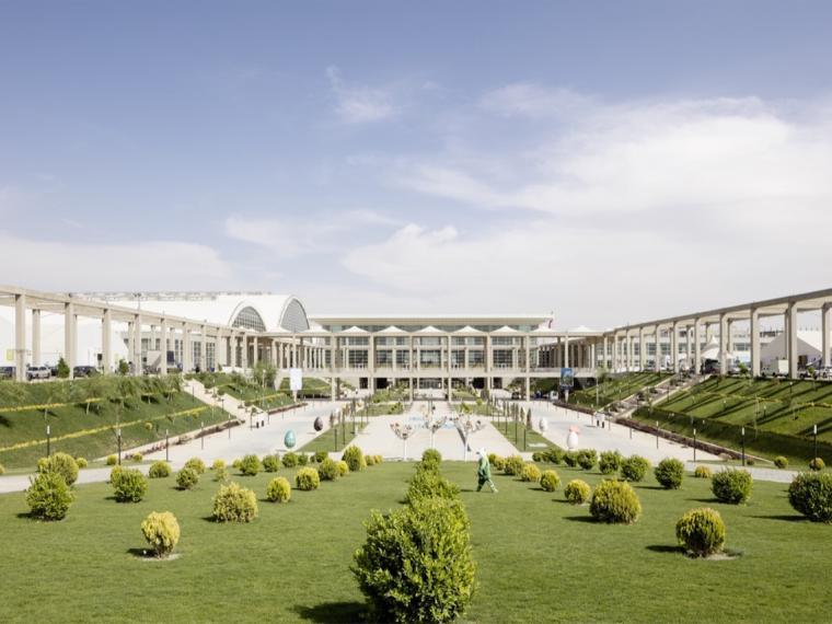 德黑兰建筑下沉式景观花园
