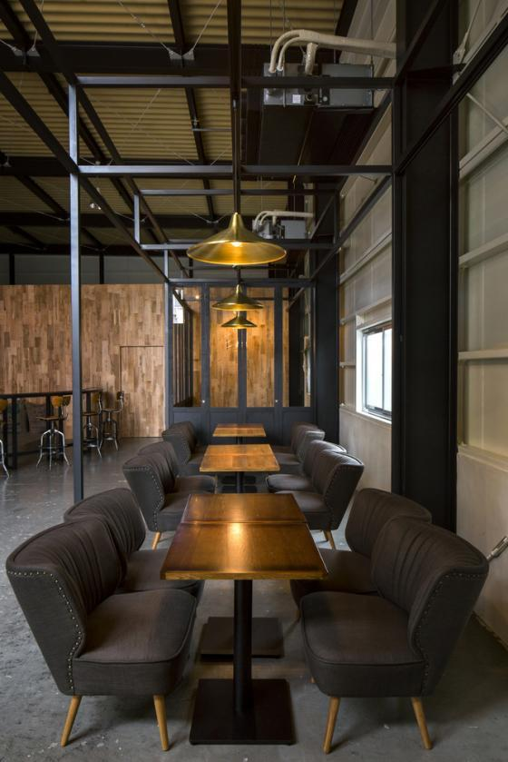 日本R艺术咖啡店内部实景图-日本R艺术咖啡店第7张图片