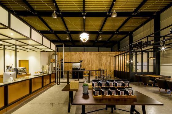 日本R艺术咖啡店内部实景图-日本R艺术咖啡店第8张图片