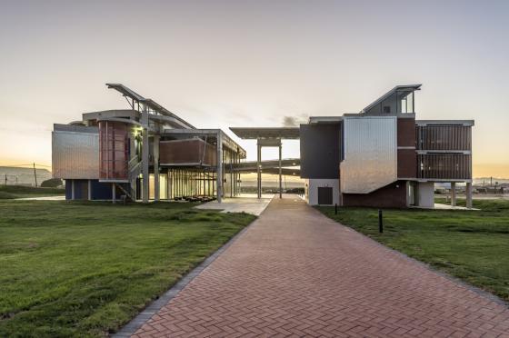 南非NMMUBEd基础设施建筑-南非NMMU B Ed基础设施建筑外部实-南非NMMU B Ed基础设施建筑第5张图片