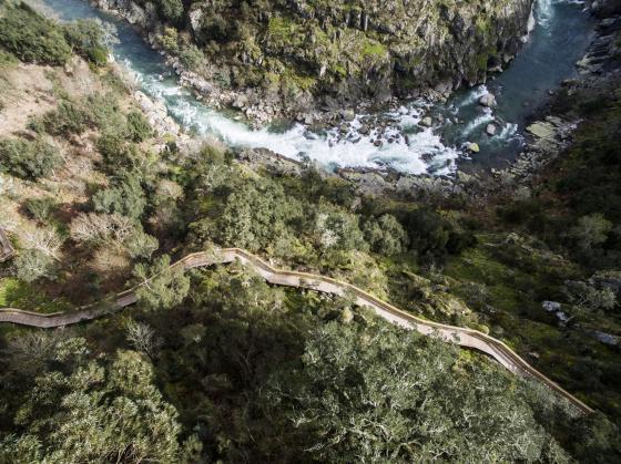 葡萄牙Paiva盘山小径外部实景图-葡萄牙Paiva盘山小径第4张图片