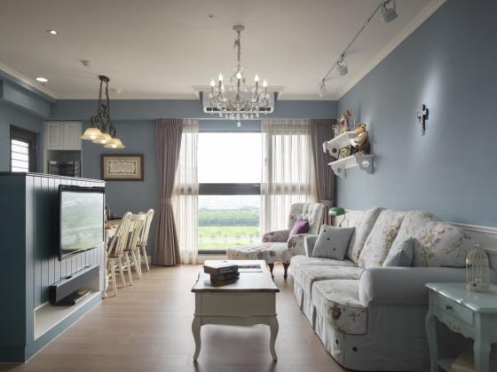 迷人灰蓝风格的住宅第1张图片