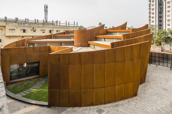 印度Crescent办公楼外部实景图-印度Crescent办公楼第4张图片