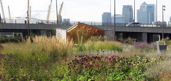 英国伦敦水晶大楼外部实景图-英国伦敦水晶大楼第5张图片