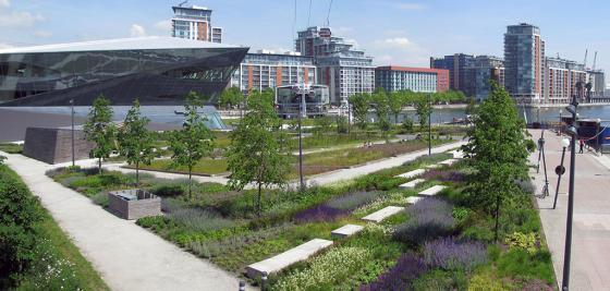 英国伦敦水晶大楼外部实景图-英国伦敦水晶大楼第17张图片