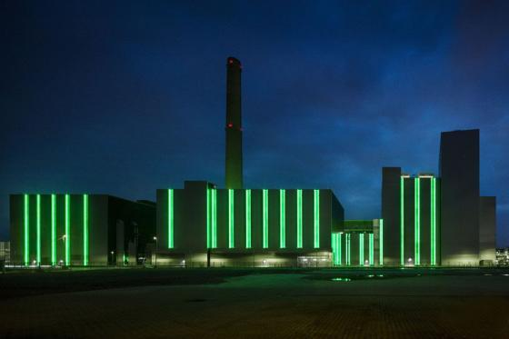 德国Lausward发电厂外部夜景实景-德国Lausward发电厂第5张图片
