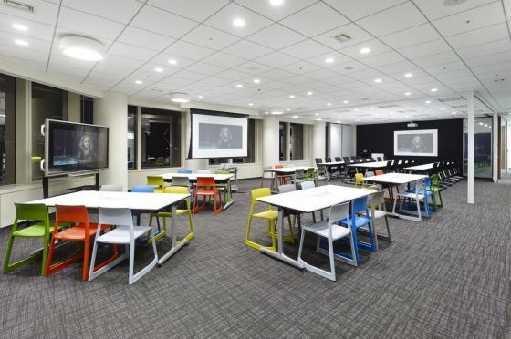 日本NBC环球公司办公室室内实景图-日本NBC环球公司办公室第7张图片