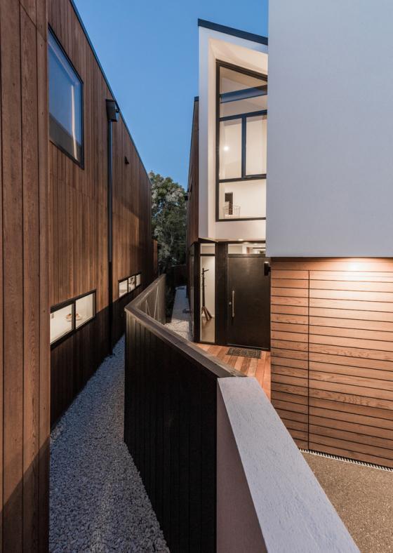 伊拉姆鹰谷平台住宅外部夜景实景-伊拉姆鹰谷平台住宅第4张图片