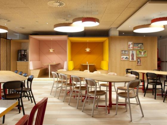 西班牙可口可乐总部员工餐厅第1张图片