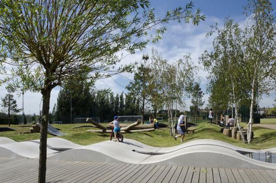 英国Drapers公园外部实景图-英国Drapers公园第4张图片