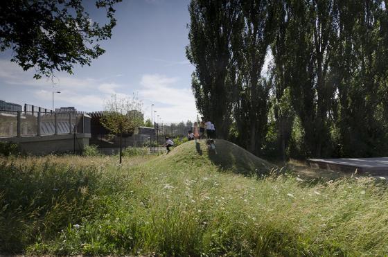 英国Drapers公园外部实景图-英国Drapers公园第7张图片