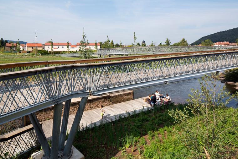 法国默尔特河岸景观设计_23