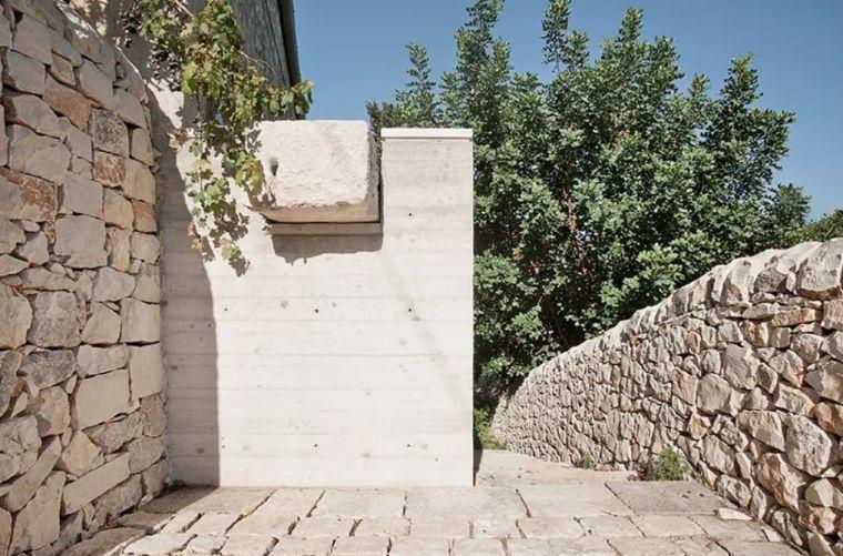 50㎡双层小石头屋,也能有宽敞空间感_11