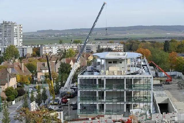 从准备到完工,看看法国建筑工地现场怎么样?_25