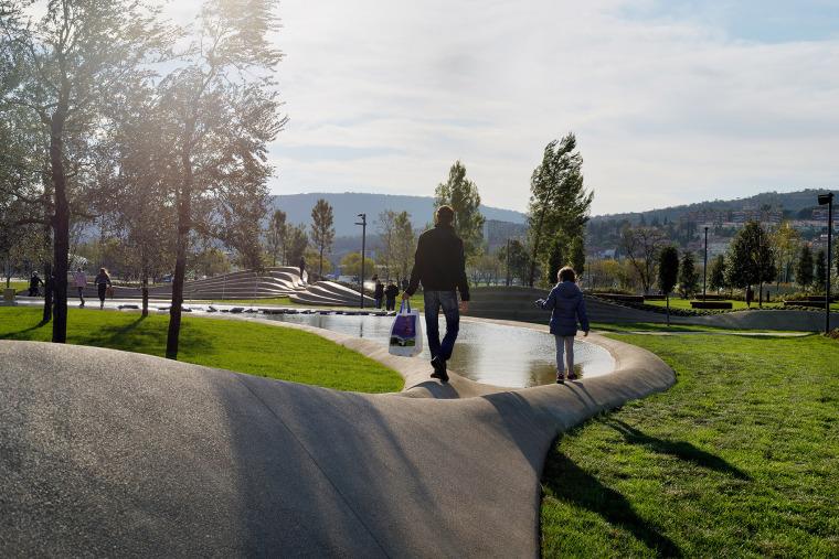 斯洛文尼亚科佩尔中央公园-001-koper-central-park-by-enota